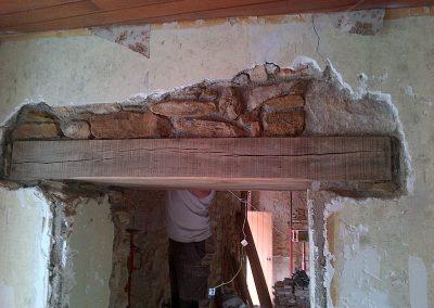 Modification d'ouverture reprise sous-oeuvre et linteau bois à Aigurande